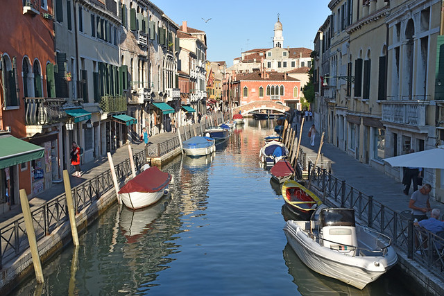 Venice, getting around by boat