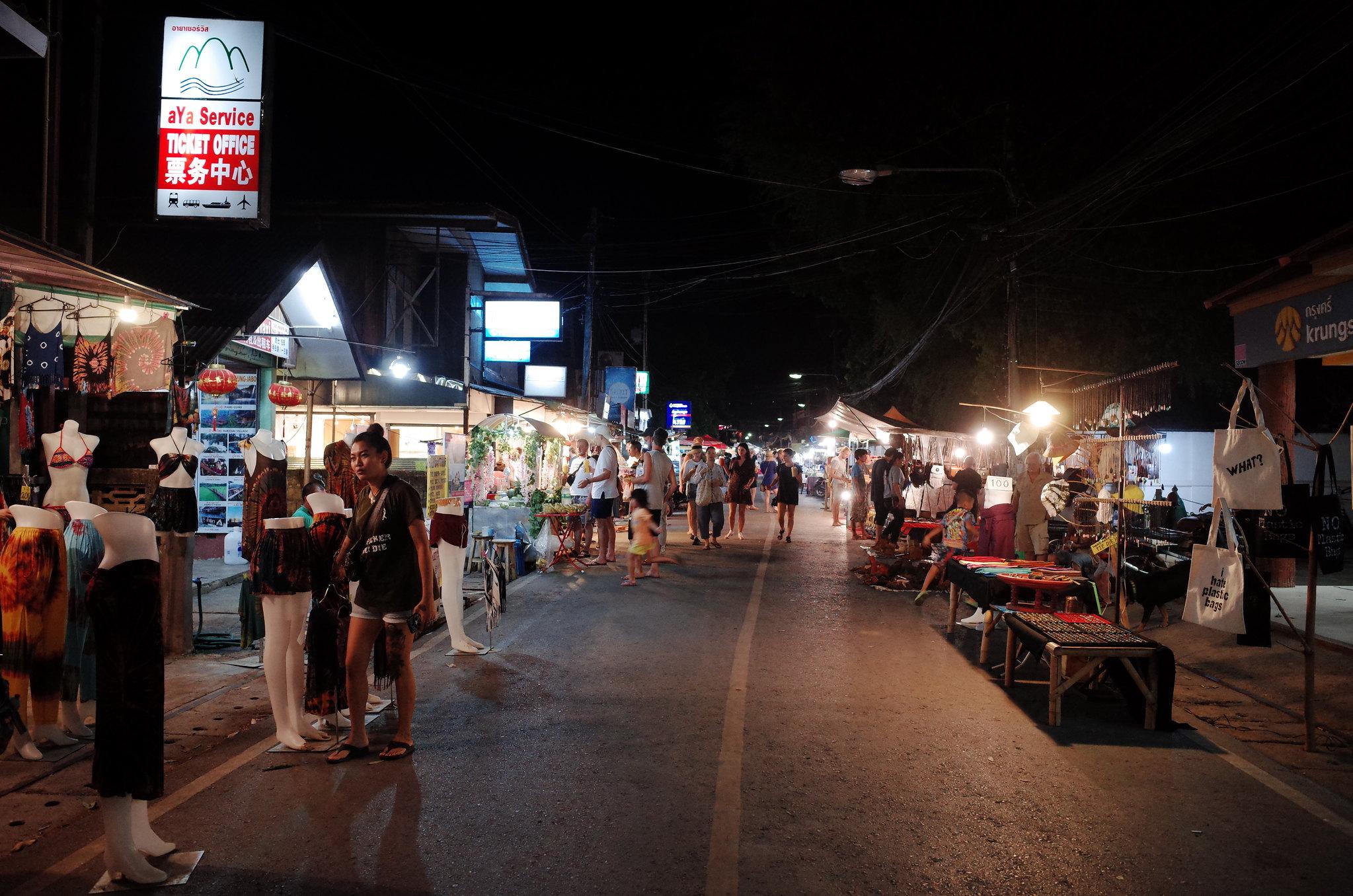 Chợ đêm tại Pai