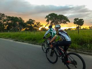 Pedal da Madrugada Grupo de Trilhas Lobo Guará Feira de Santana Bahia Brasil