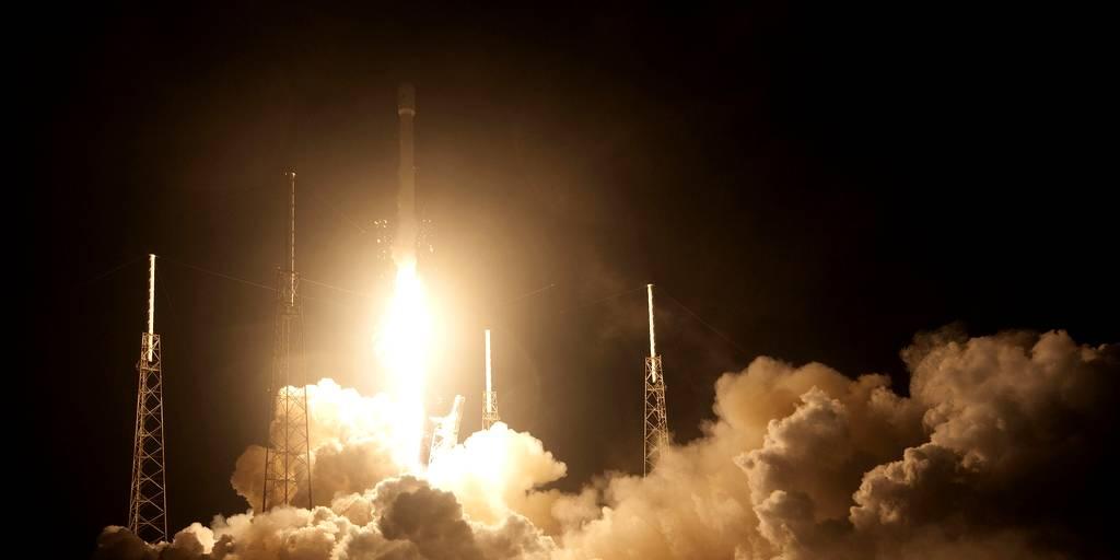 spacex-satellites-starlink