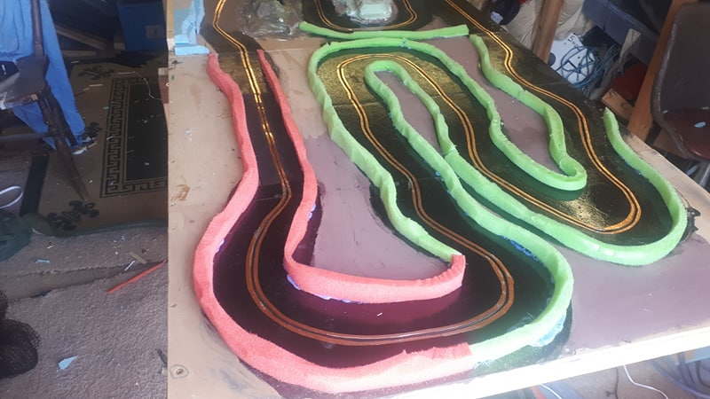 Slot car racing 47925558798_00633b738b_c