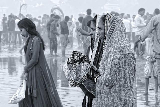 पूजा . Women Pūjā . India album