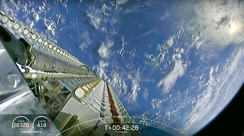 SpaceX Starlink Broadband Satellite Deployment over Earth | by jurvetson