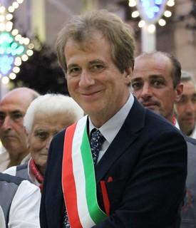 Il dott. Cantarori con l'Arciprete don Giovanni