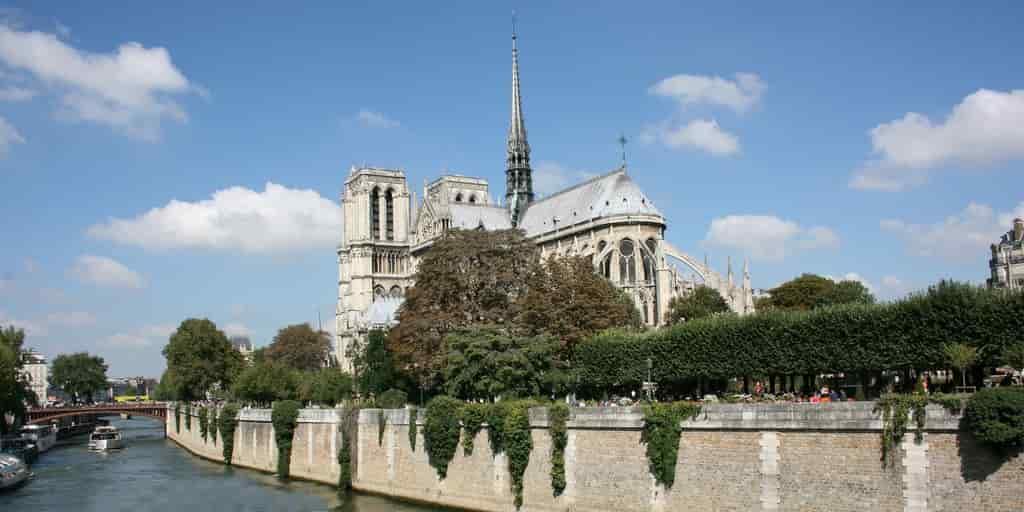 Les scientifiques veulent aider à restaurer Notre Dame