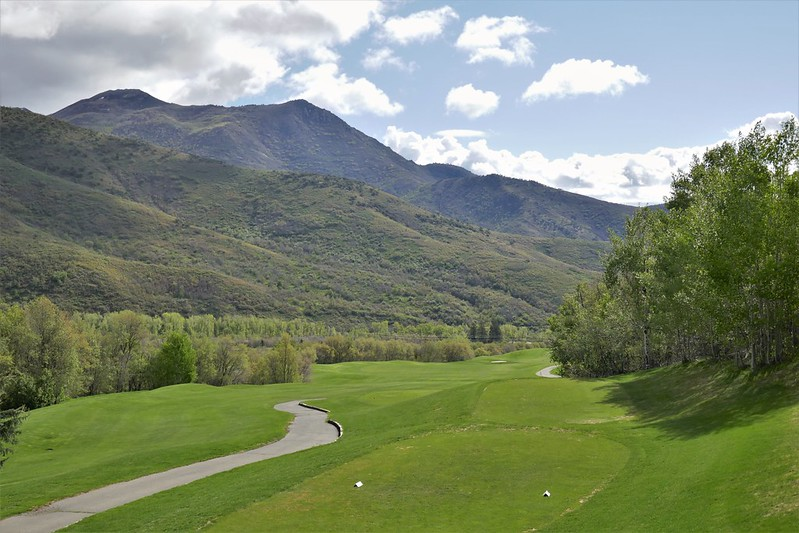 Wasatch Mountain #12 from tee par 5 975