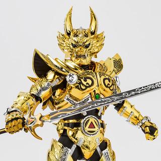藍色瞳孔的最強騎士!S.H.Figuarts(真骨彫製法)《牙狼GARO -月虹ノ旅人-》「黃金騎士牙狼(冴島雷牙)」 !黄金騎士ガロ(冴島雷牙)