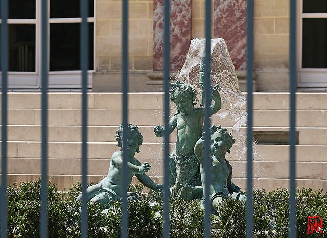 Un pastiche du Trianon jusque dans ses fontaines !