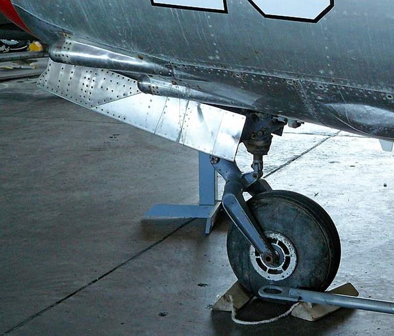 Soviet MiG-15 00004