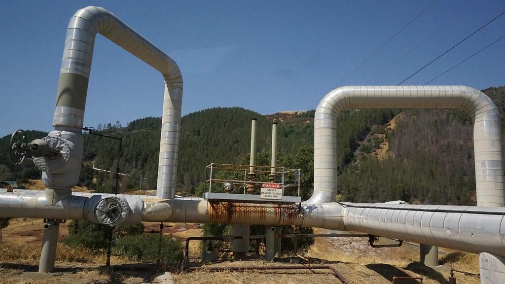 美國北加州蓋瑟(Geysers)電廠。王守誠攝。