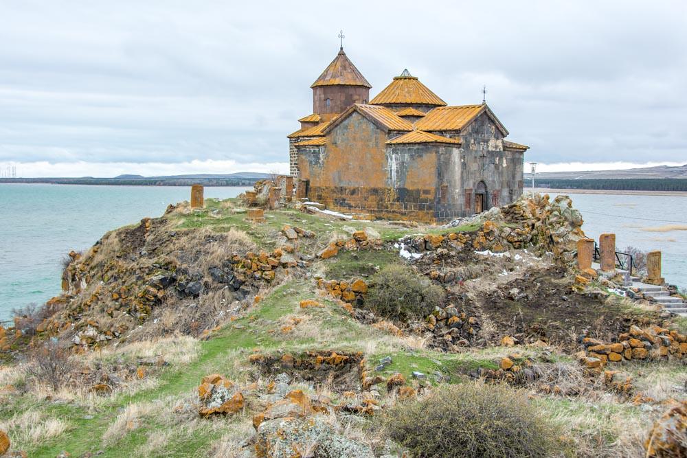 Монастырь Айраванк Армения