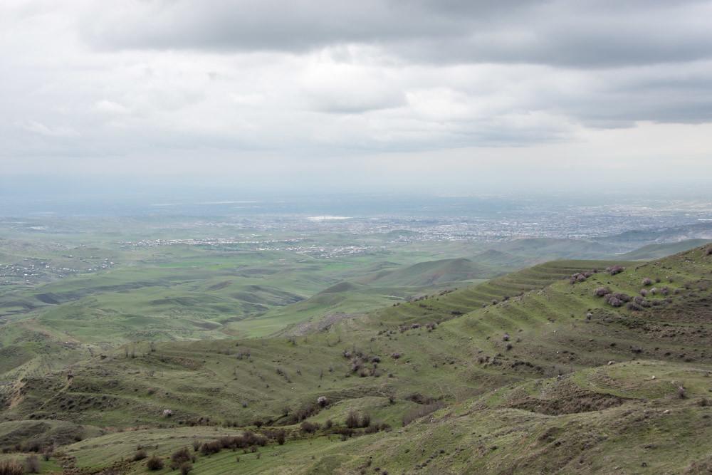 Арка Чаренца Арарата Армения