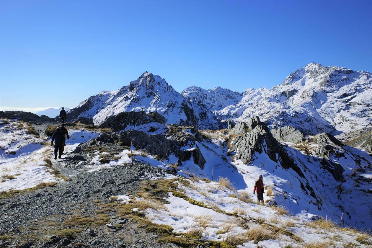 ルートバーントラック コニカルヒル山頂