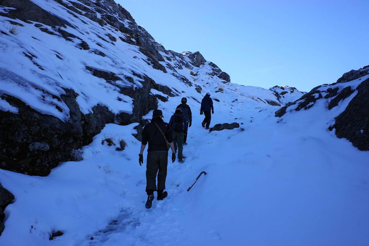 ルートバーントラック 雪山登山