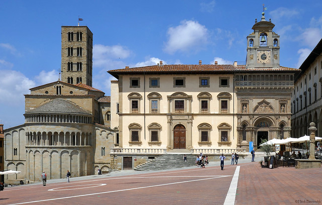 Tuscany: Arezzo, Piazza Grande