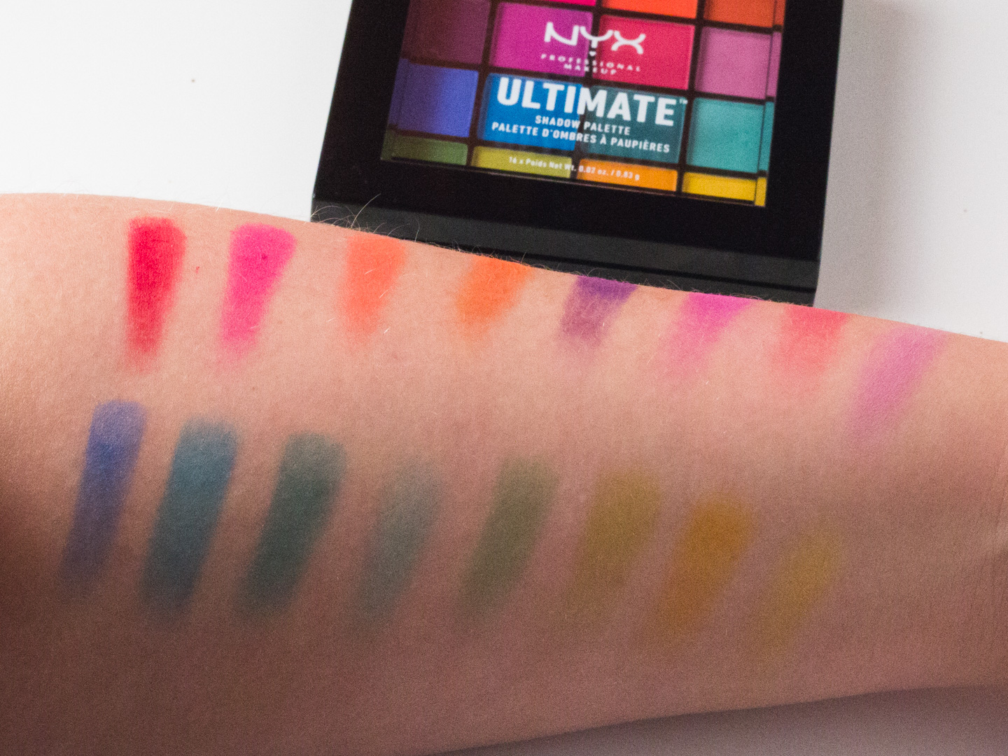Swatches NYX Ultimate Shadow Palette in Brights
