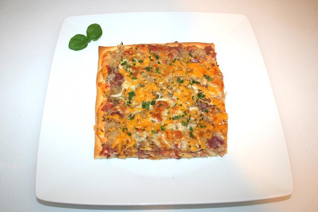 14 - Reuben Pizza - Served / Serviert