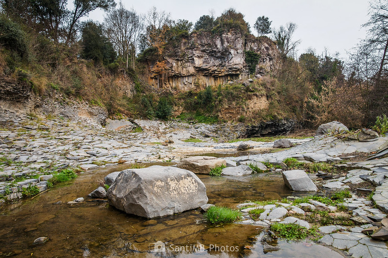 Coladas de lava del Molí Fondo en Sant Joan les Fonts