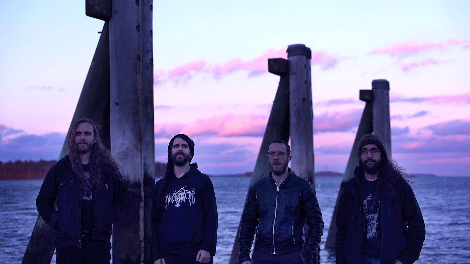來聽聽Falls of Rauros的超讚全新黑金屬單曲,深受早期Darkthrone和Weakling樂團影響