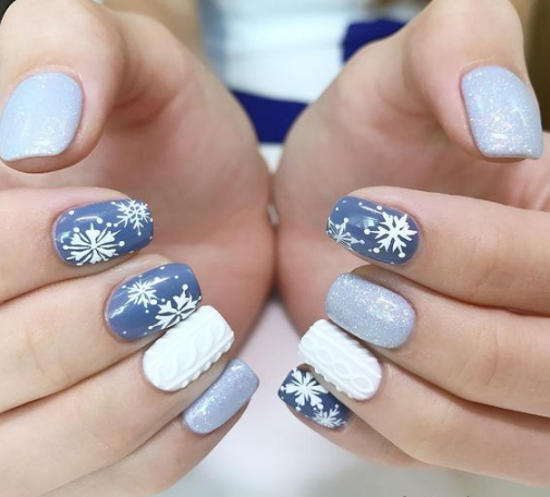 Pretty Snowflake Nail Designs Ideas for 2020 - Styles Art