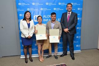 """La Universidad San Ignacio de Loyola (USIL), por segundo año consecutivo, ocupó el primer lugar a nivel nacional en """"Recíclame, cumple tu papel"""", como la organización que más papel recicló en el programa organizado por la ONG Aldeas Infantiles S.O.S. Perú."""
