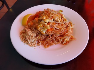 Lunch Special Pad Thai at PingAn Veggie Time