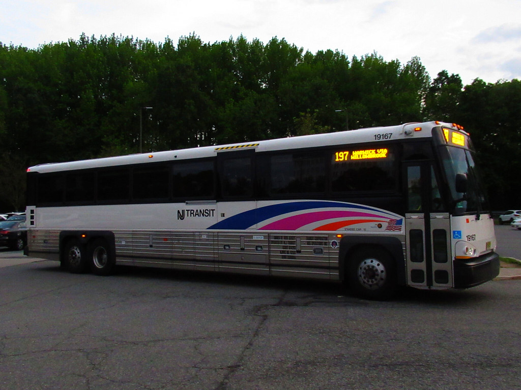 Photos Videos Njt 2019 Mci D4500ct Buses At Willowbrook Mall