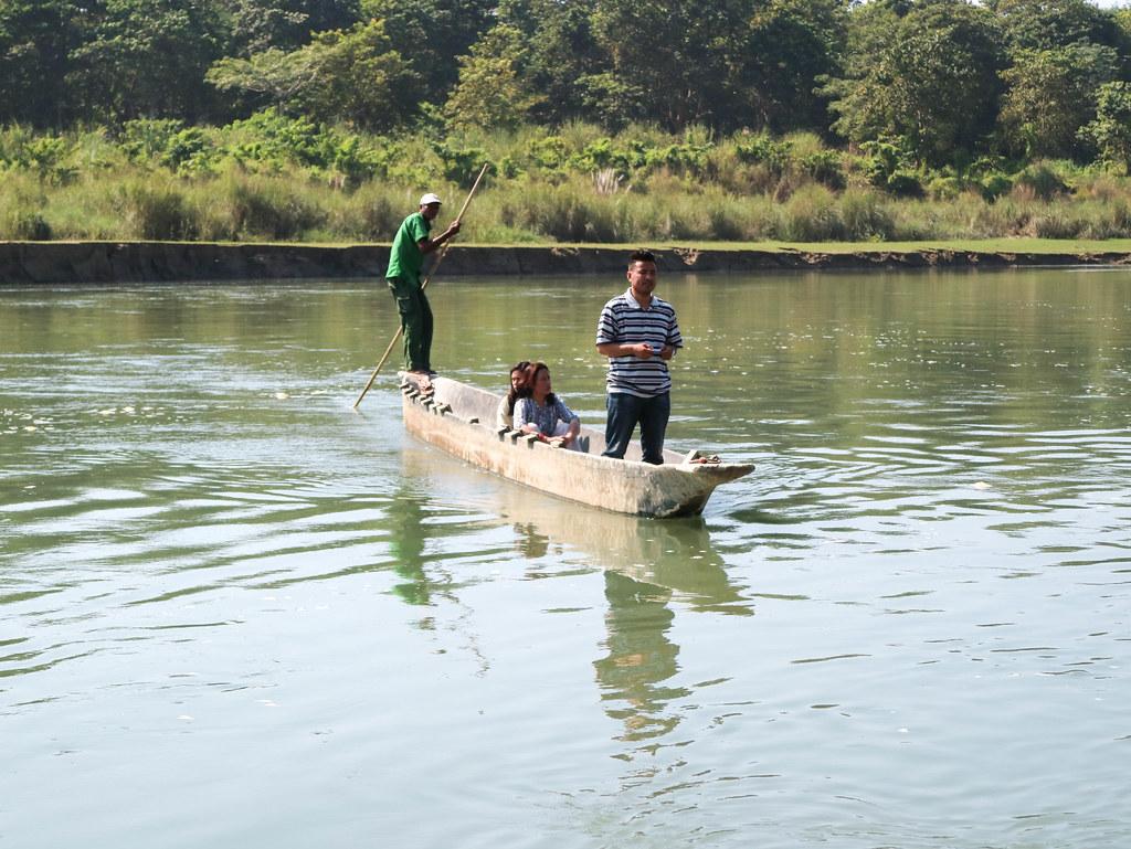 Comienzo de la excursión a Chitwan