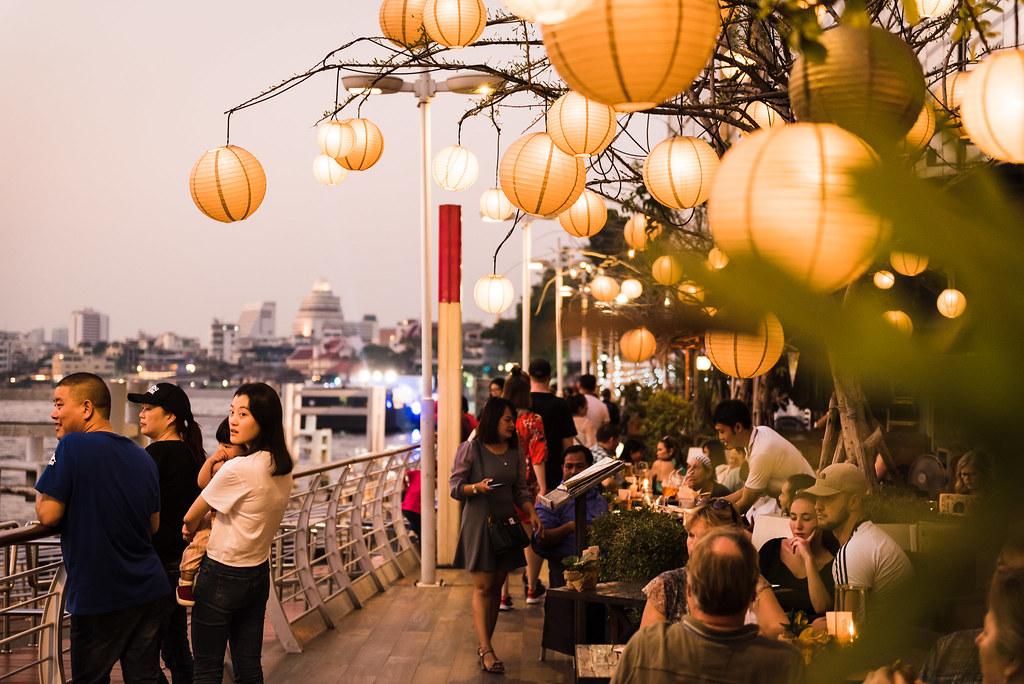 Ambiance paisible au bord du Chao Phraya