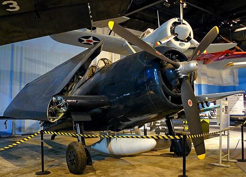 Grumman F6F-5 Hellcat 00001