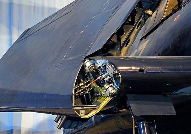 Grumman F6F-5 Hellcat 00003