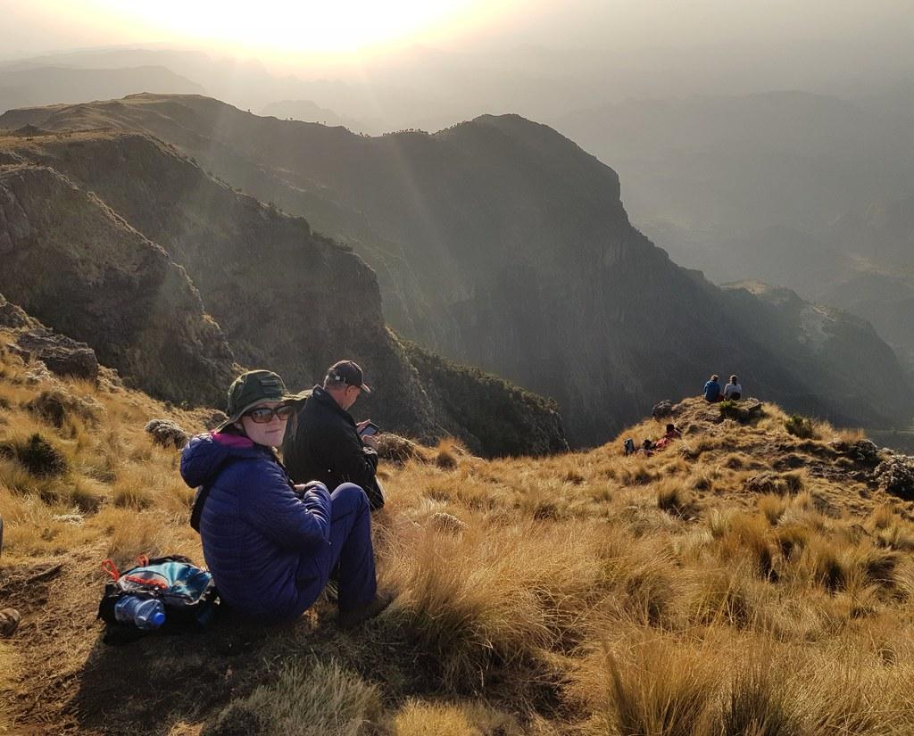 Góry Simien, zachód słońca i obserwacja dżelad