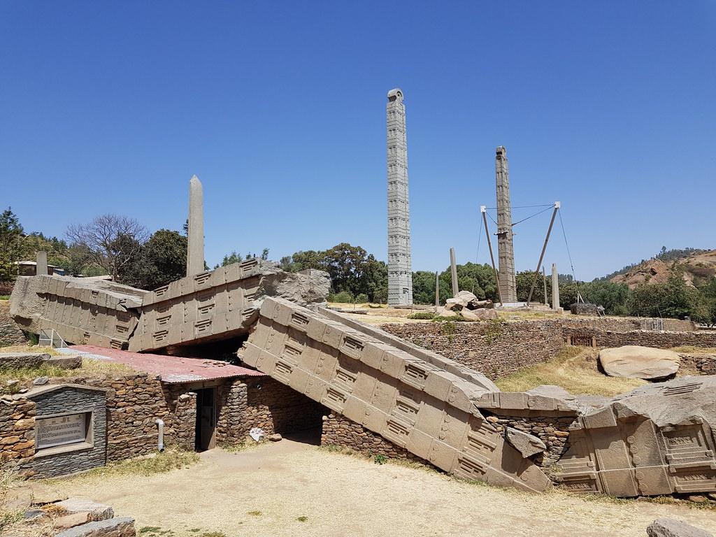 Obeliski w centrum Aksum
