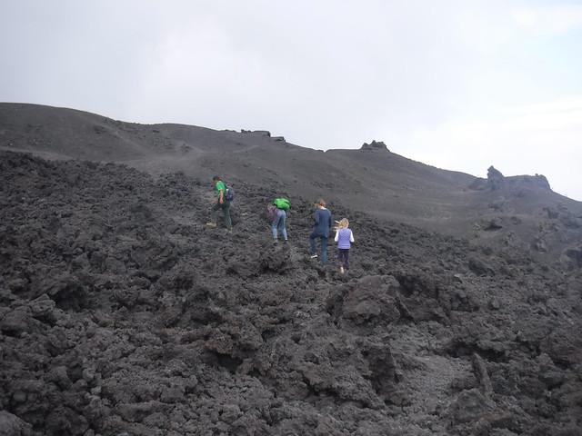 Hiking Pacaya 1