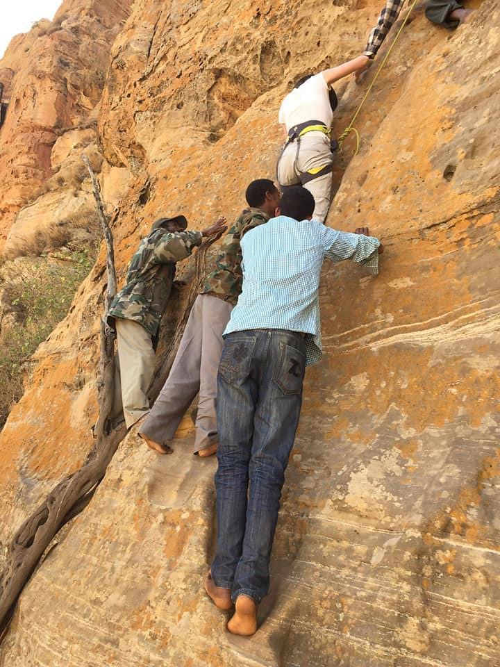 Wejście do Abuna Yemata, rejon Tigray