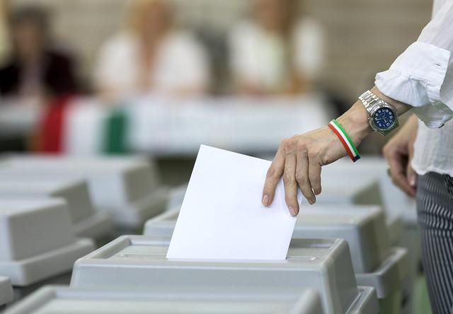 Szinte egyezik az országos átlaggal a Csongrád megyei részvétel az EP-választáson