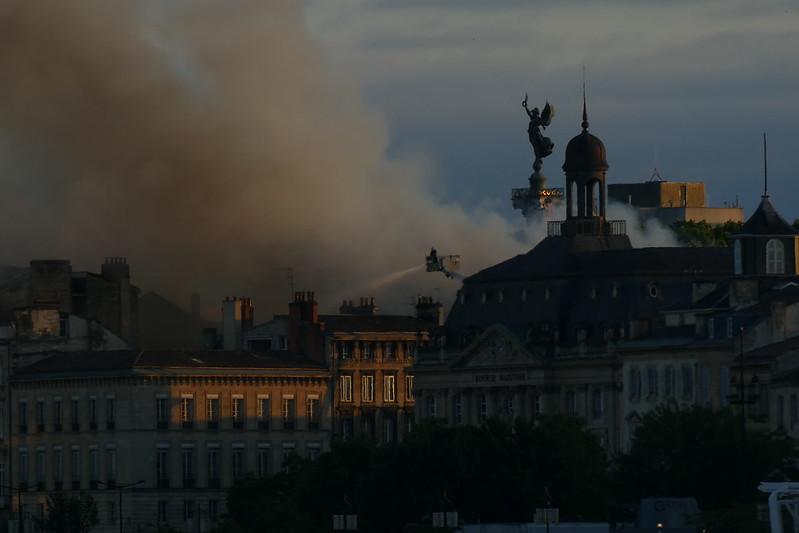 Incendie à Bordeaux 47937284667_41aecc5e7b_c