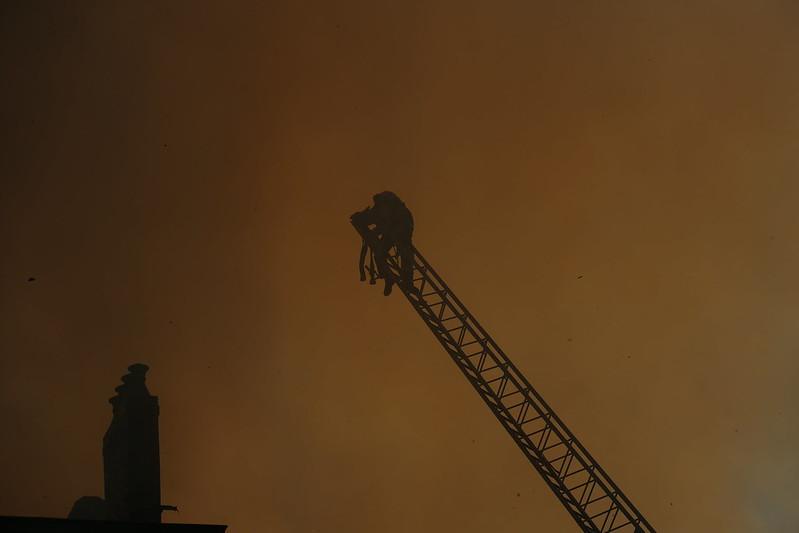 Incendie à Bordeaux 47937285917_1ca91f56f5_c