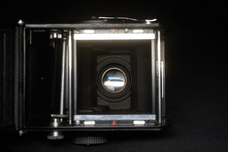 Yashica MAT LM