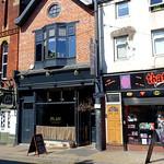 Plau Gin & Beer House