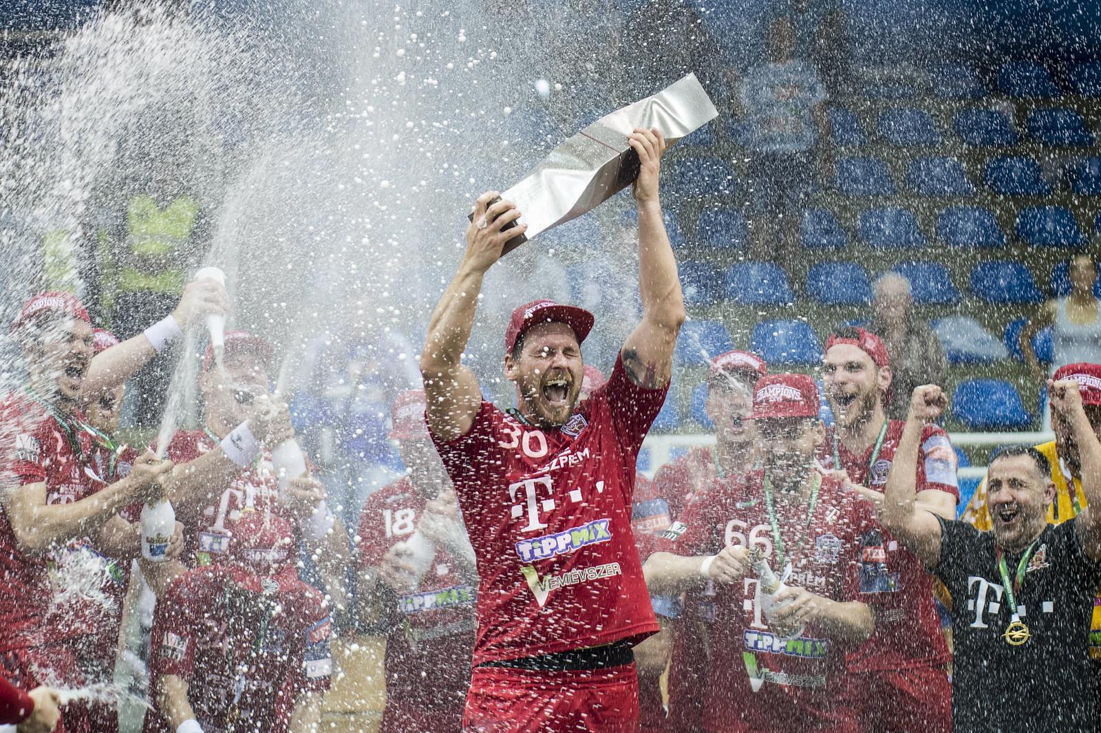 Döntetlent játszott a Szeged és a Veszprém, utóbbi nyerte a bajnokságot