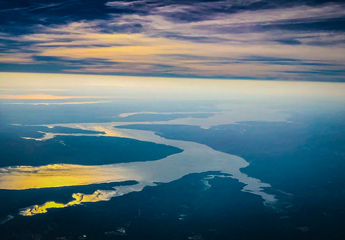 montross virginia unitedstatesofamerica early morning aerial view potomac river water landscape sun clouds basin