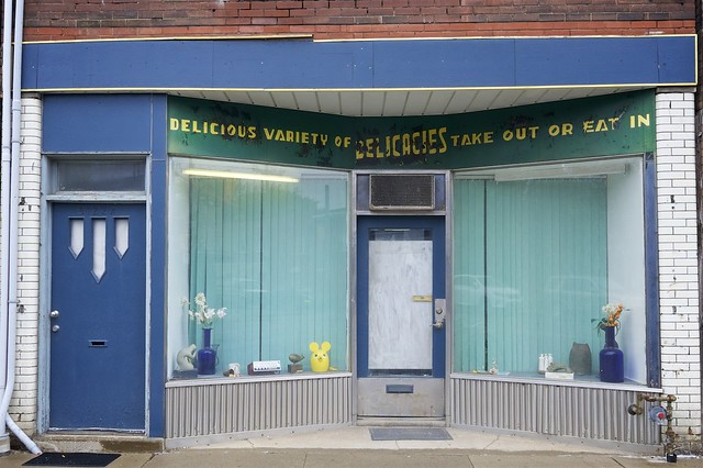 Delicacies were once had at 3122 Dundas Street West