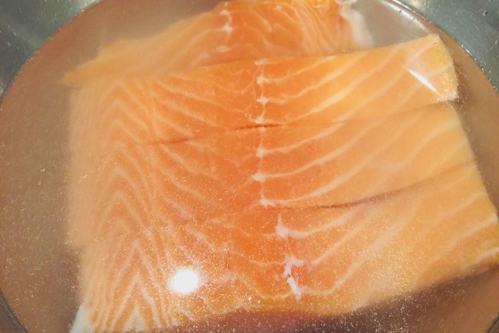 salmon-blining