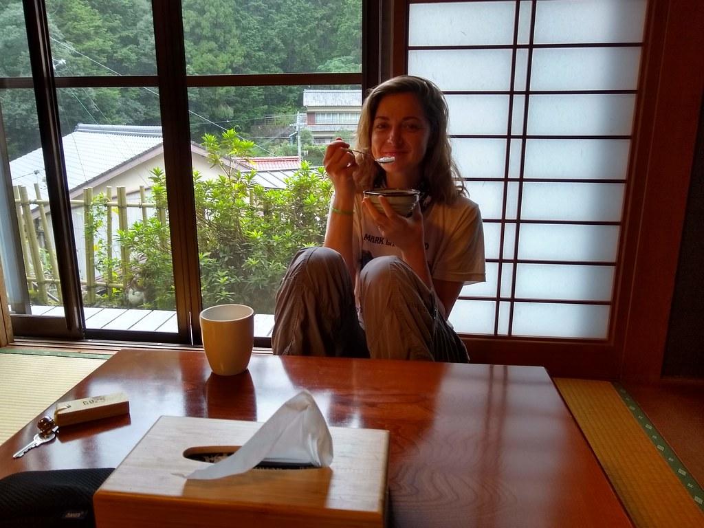 Lindsay at J-Hopper Tanabe