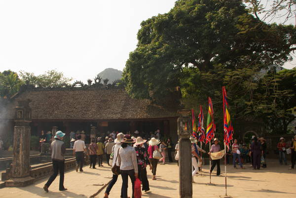 020-Vietnam-Hoa Lu