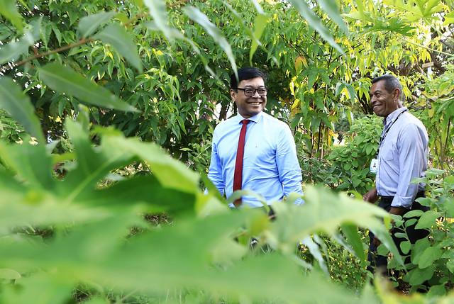 Secretário de Saúde visita agrofloresta da UBS 1 do Lago Norte