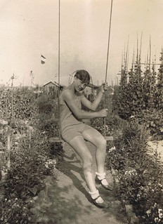 LOVE AND SELF-DETERMINATION - Photo impressions of the 1920s *