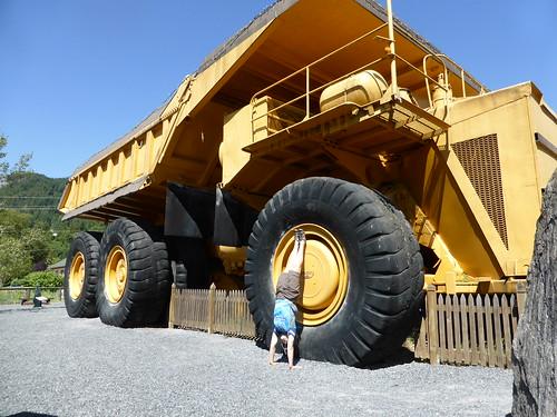 235T mine truck
