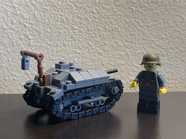 1:45 TKS tankette